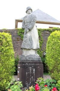 Military statue in Speicher.
